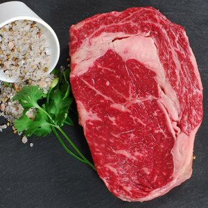 Full Blood Wagyu Rib Eye M5+ 300gr
