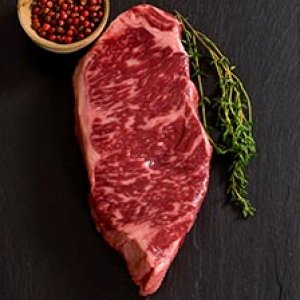 Full Blood Wagyu Striploin M7+ 300gr