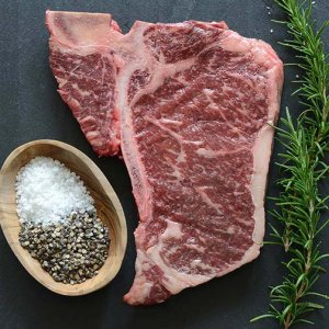 Full Blood Wagyu T-Bone M7+ 1kg