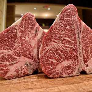 Full Blood Wagyu Porterhouse M9+ 1kg